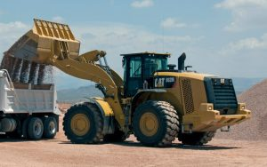 cat-982m-wheel-loader-loading-truck-with-gravel