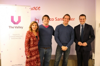 BNext gana 10.000 € en la final del Fintech Open Challenge de The Valley y Banco Santander